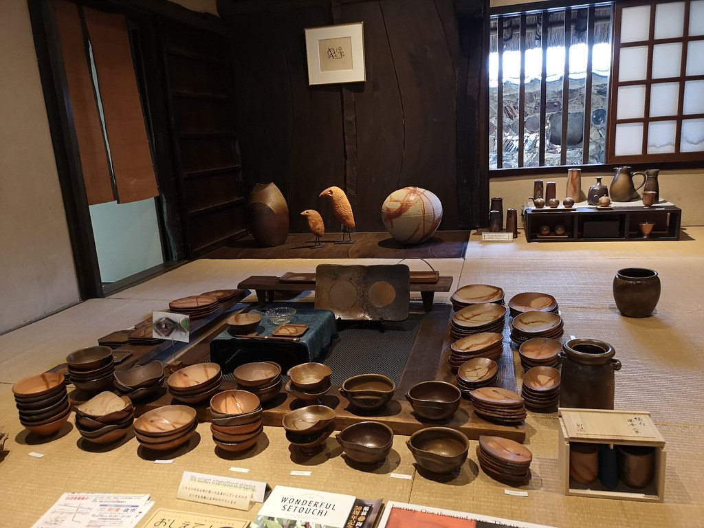 Sensei So's showroom of Bizen pottery.