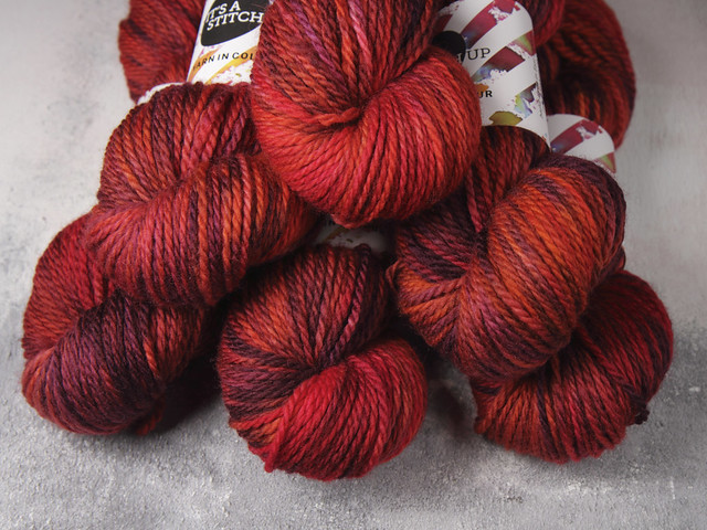 Sweater Pack: Awesome Aran – 6 x 100g Sweater Pack – 'Momiji' (red, purple, orange)