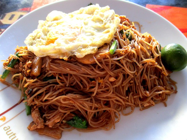 Uncle Lau Corner Malay/Muslim stall fried bihun 1