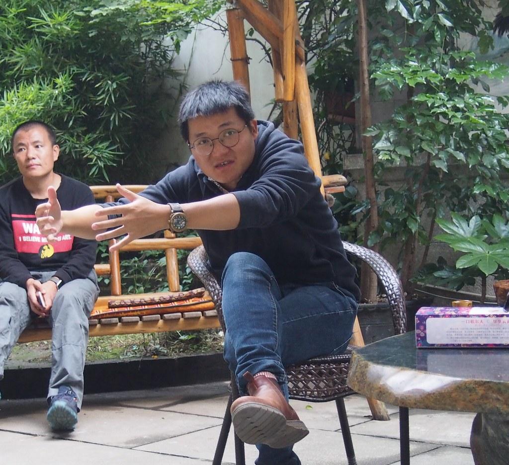 在雙廊開設民宿的趙一海,過去是媒體記者。攝影:陳宣竹