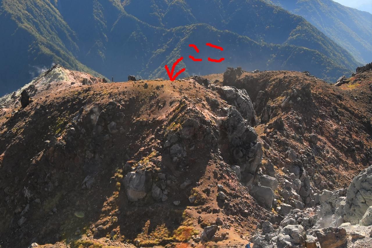 冬山登山で焼岳山頂と勘違いしたところ