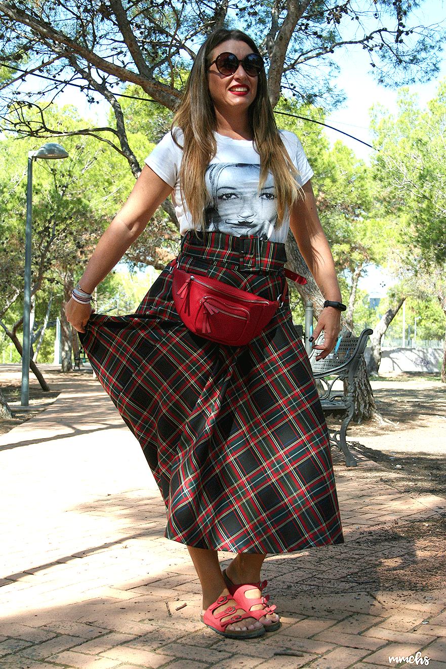 falda de talle alto cuadros Escoceses Zara