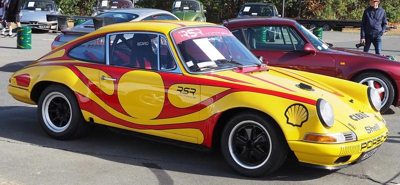 Porsche 911 S 2.0 litres SWB racer 1966  45007955571_4577b8d257_c