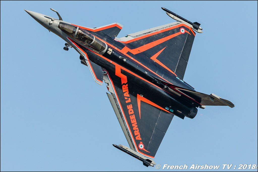 rafale solo display 2018 Meeting de l Air BA-133 Nancy Ochey 2018 FOSA Armee de l Air Canon Sigma France contemporary lens Meeting Aerien 2018