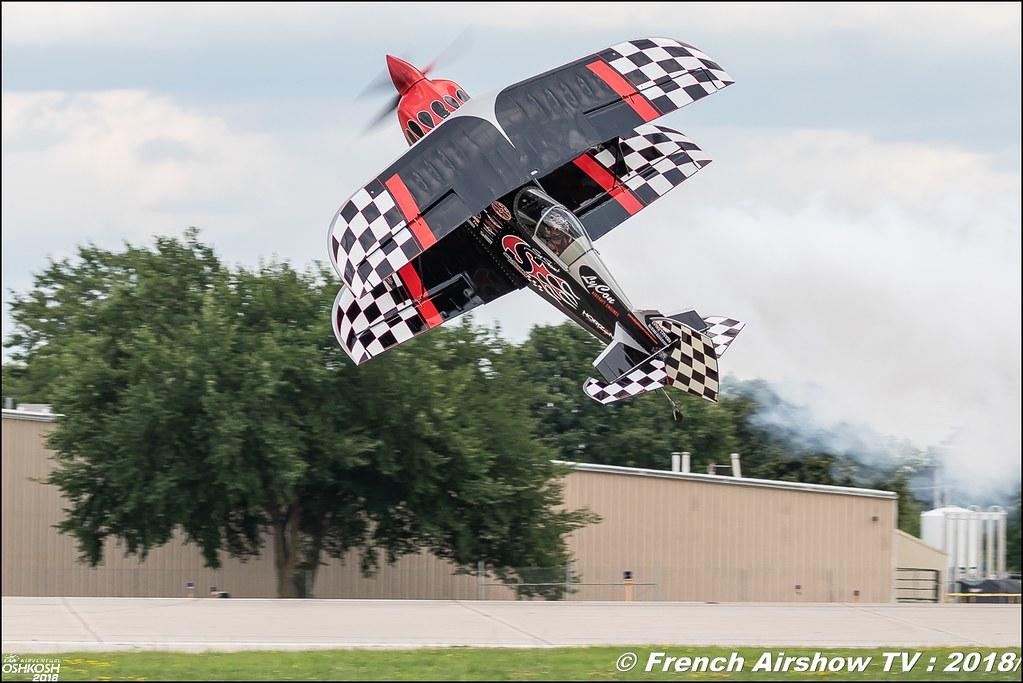 Skip Stewart Pitts S-2S Prometheus aerobatic EAA AirVenture Oshkosh 2018 Wisconsin Canon Sigma France contemporary lens Meeting Aerien 2018