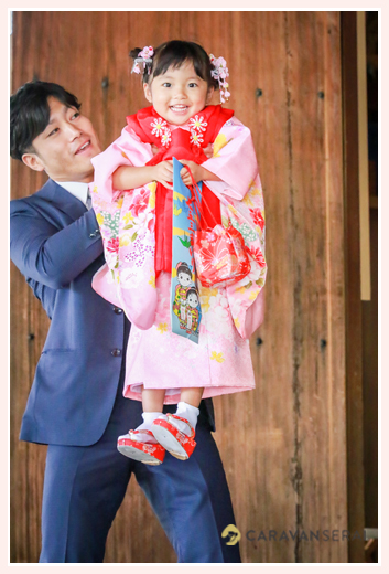 七五三 岐阜護国神社でロケーションフォト 3歳の女の子