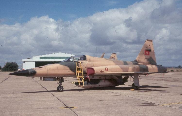 FRA: Photos F-5 marocains / Moroccan F-5  - Page 12 44988262132_9a63018a80_o