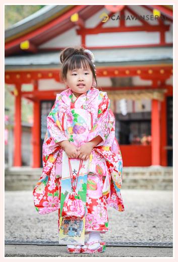 5歳の女男の子の七五三ロケーションフォト/大縣神社(愛知県犬山市)
