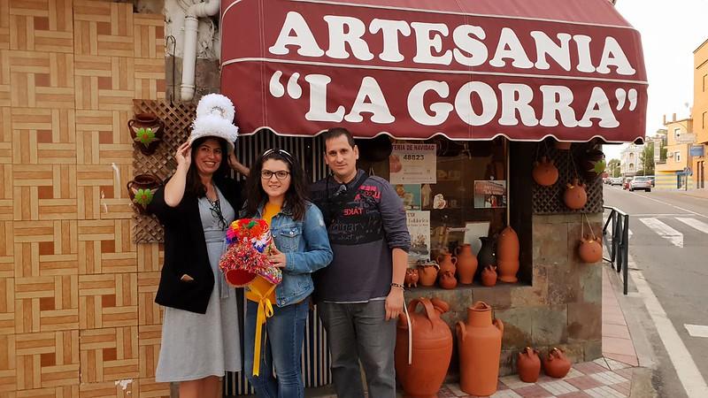 En Artesanía La Gorra (Montehermoso, Valle del Alagón)