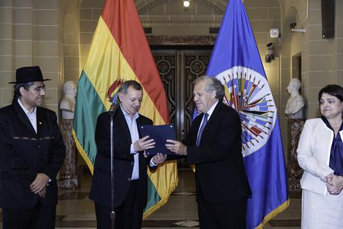 New Ambassador of Bolivia Presents Credentials