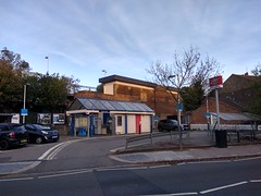 Picture of Hampton Wick Station