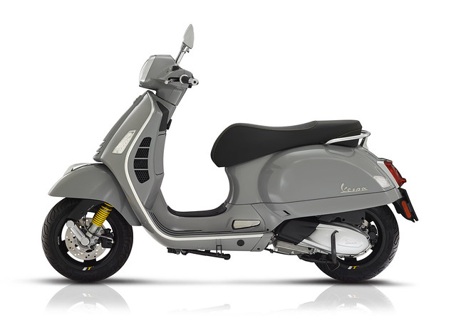 Vespa GTS 300 SuperTech Year 2019