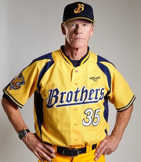 新任總教練伯納(Scott Budner)。(中信提供)
