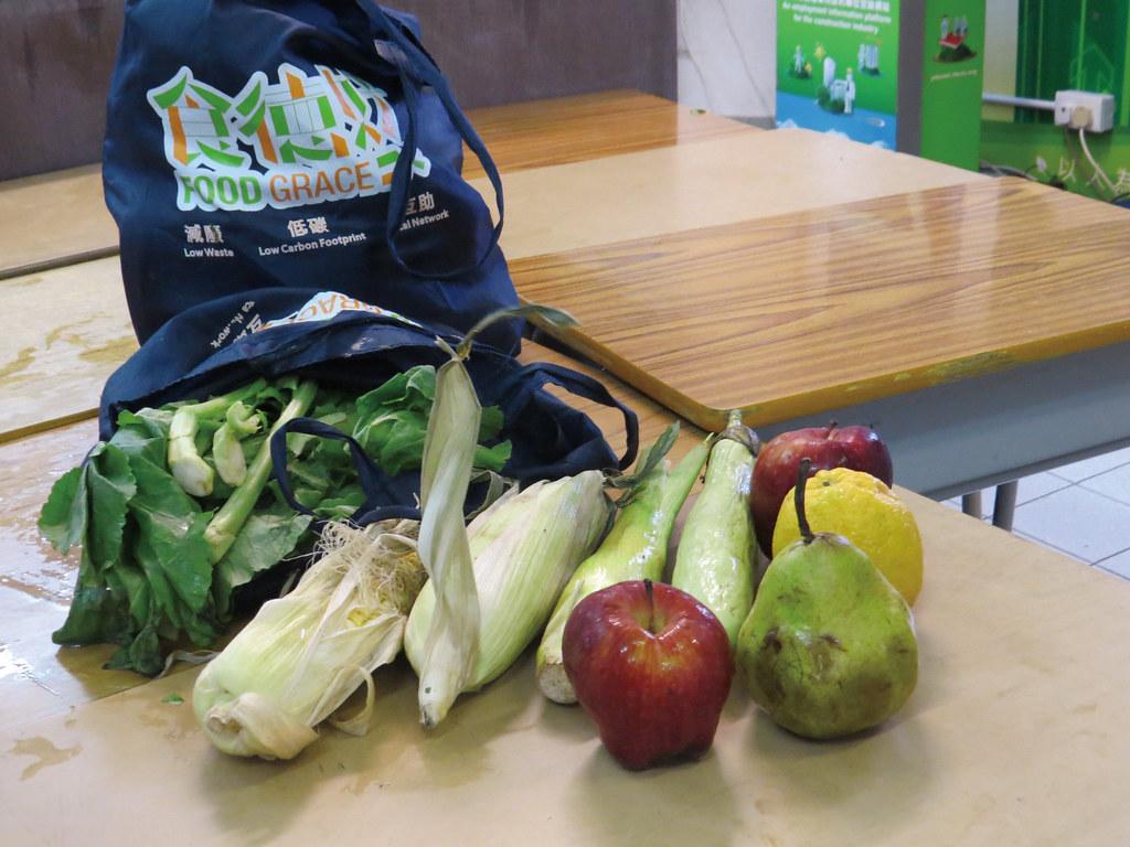 201809-178-綠主張月刊-p24剩食的社區實踐:香港職工盟的食德好-01