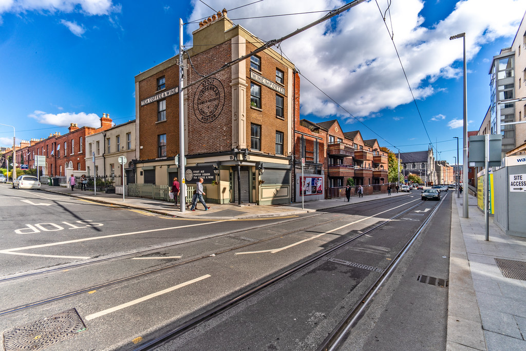 T O BRENNAN'S PUB - TODAY I USED A 15mm LENS 003