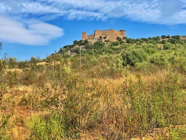 Castillo de Marmionda (Valle del Alagón, Cáceres)