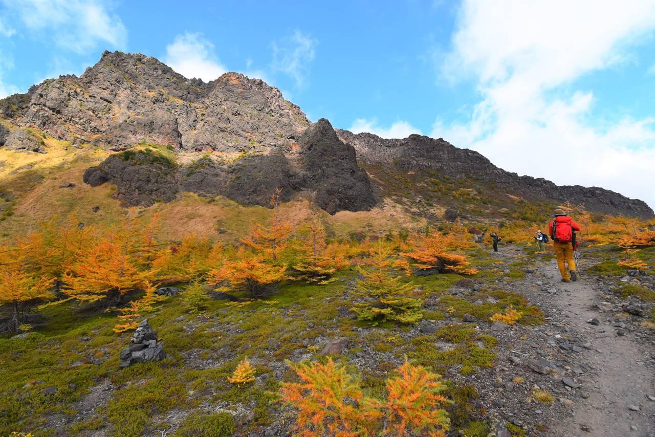 浅間山外輪山の大岩壁