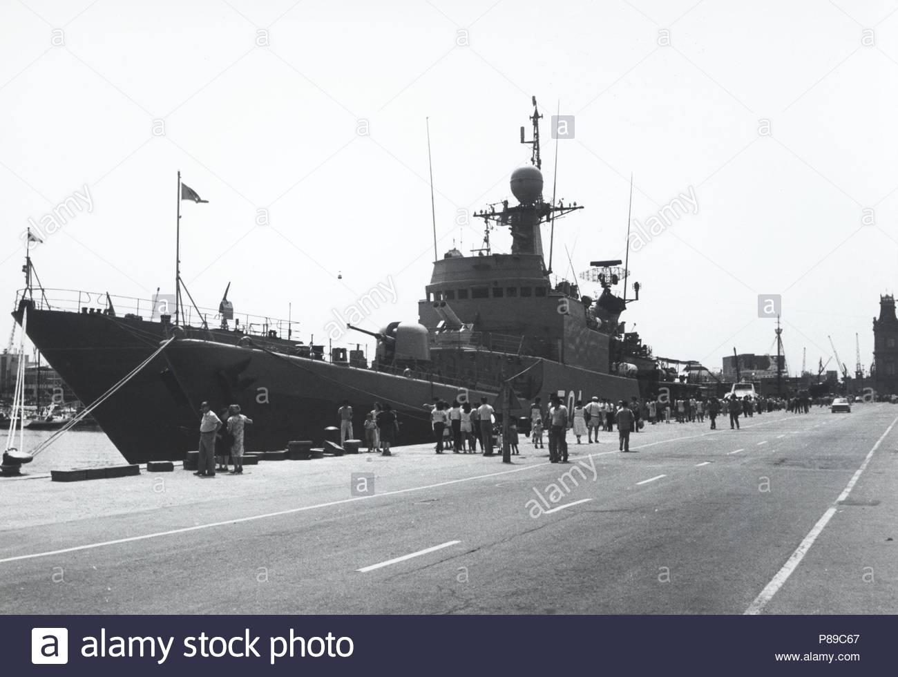Royal Moroccan Navy Descubierta Frigate / Patrouilleur Océanique Lt Cl Errahmani - Bâtiment École - Page 3 43929535060_0c08365911_o