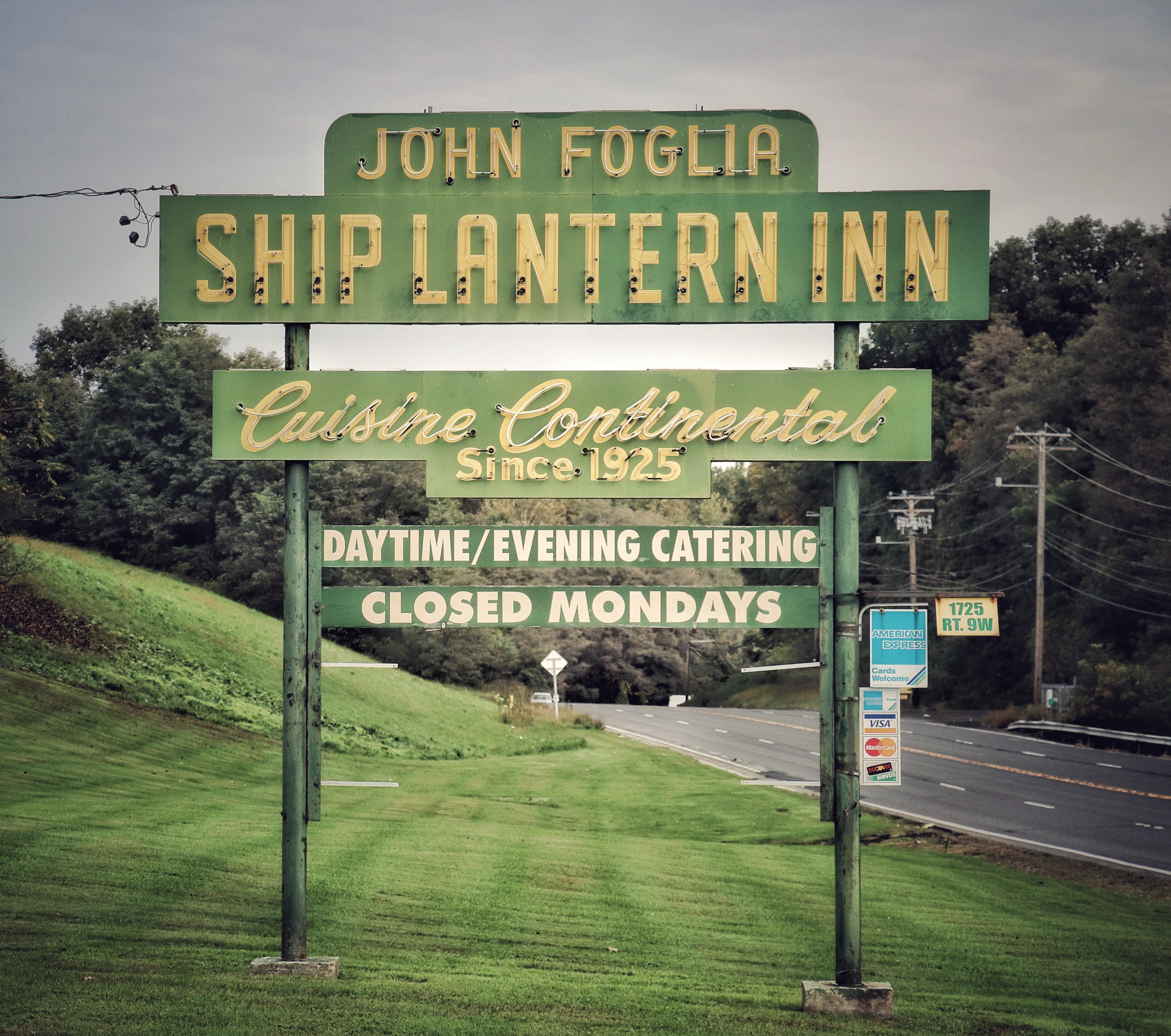 Ship Lantern Inn - 1725 Route 9W, Milton, New York U.S.A. - October 13, 2018