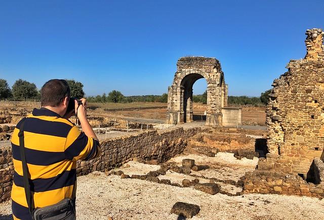 Sele en la ciudad romana de Cáparra (Cáceres)