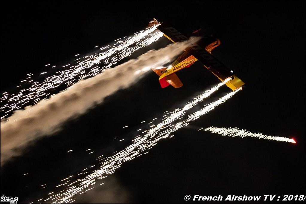 Grumman G-164 Ag-Cat - NX7699 Gene Soucy Airshows Night Airshows EAA Oshkosh 2018