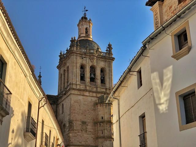 Coria (Cáceres). De fondo la catedral.