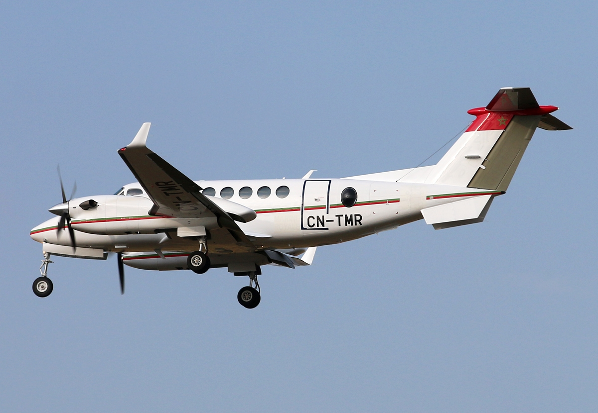 Beechcraft Super King Air 350ER 44280189375_0a66484b31_o