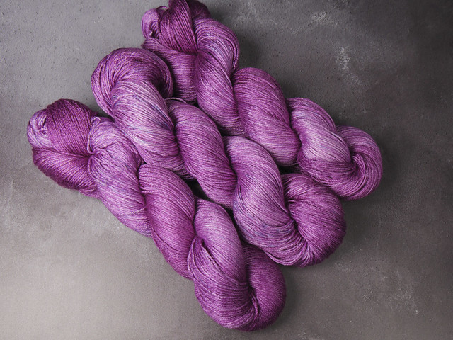 Brilliance 4 Ply  – British Wool & Silk hand-dyed fingering weight yarn 100g – 'Amethyst'
