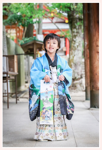 7歳の男の子の七五三ロケーションフォト/大縣神社(愛知県犬山市)