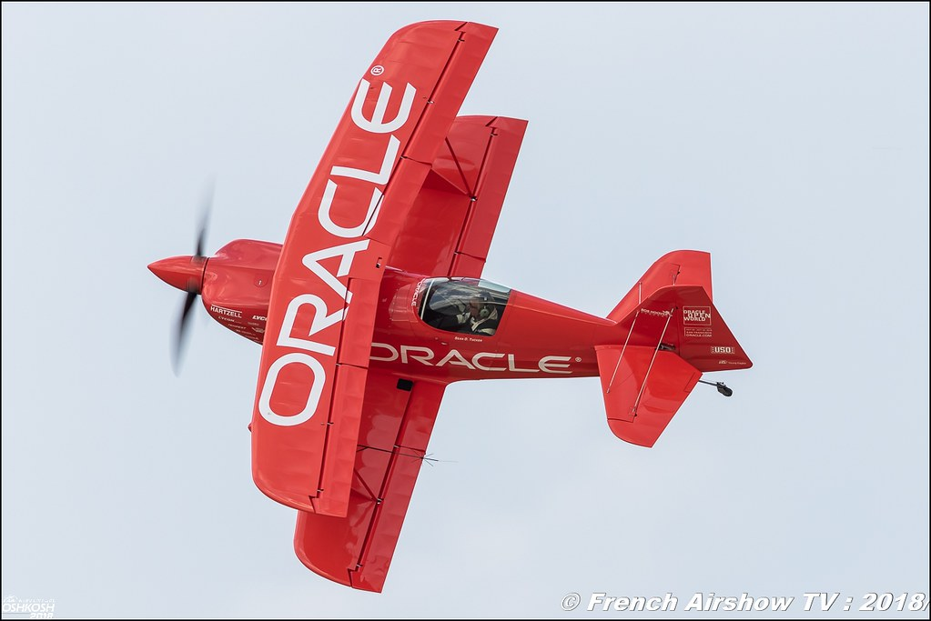 Oracle Challenger III Sean D. Tucker EAA AirVenture Oshkosh 2018 Wisconsin Canon Sigma France contemporary lens Meeting Aerien 2018