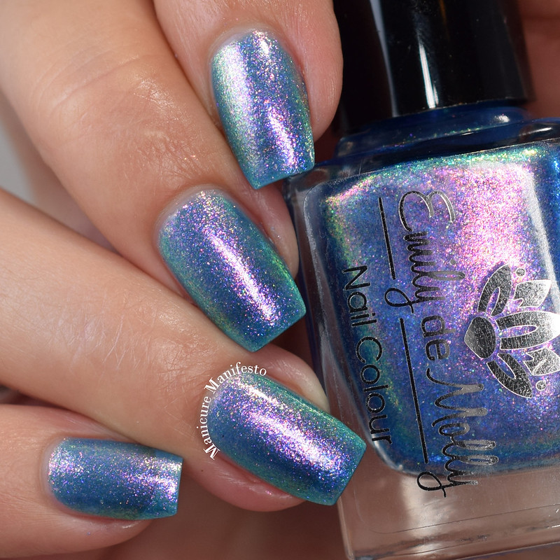 Emily De Molly Sea Of Lies swatch