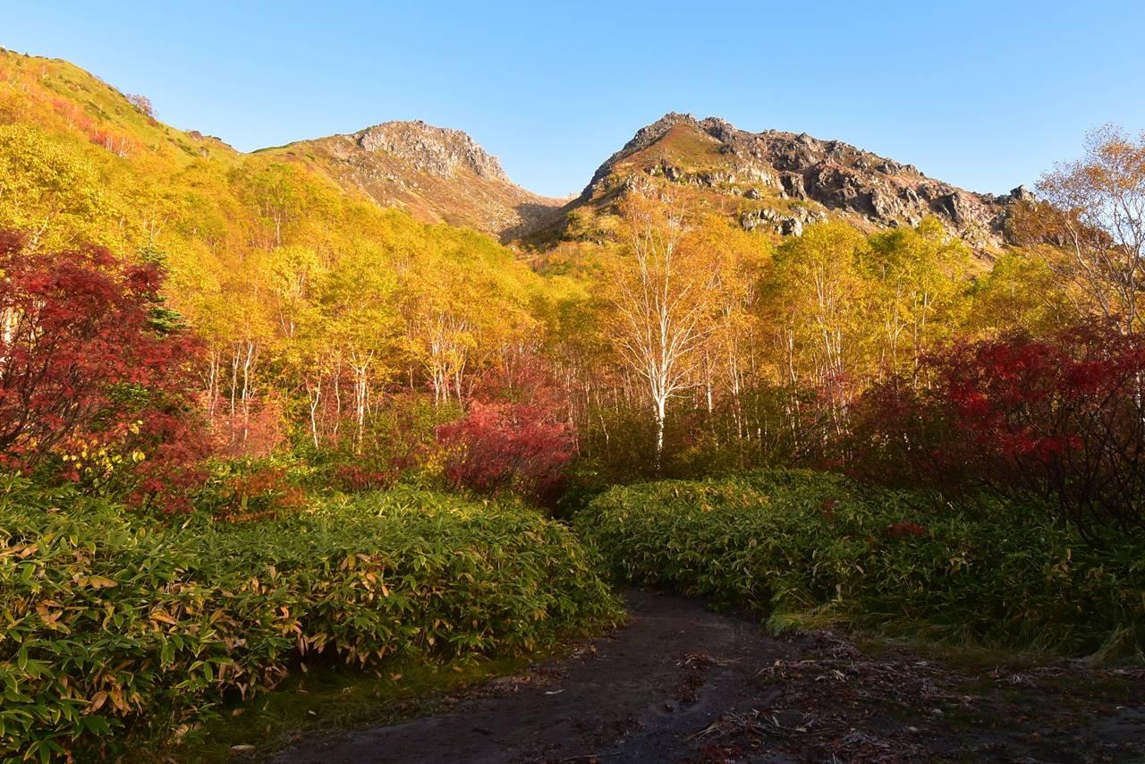 紅葉の焼岳 日帰り登山