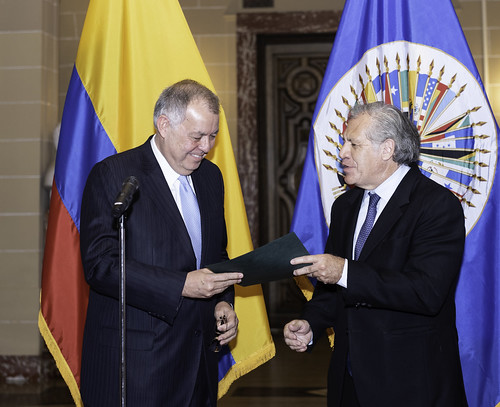 New Ambassador of Colombia to the OAS Presents Credentials