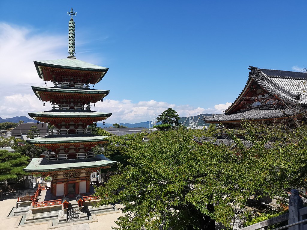 This five-storey pagoda is based on Nara's Muroji Temple.