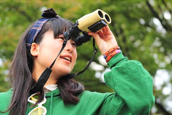 ビクセン 防振双眼鏡 ATERA H12×30(モデル:藤田 彩香)