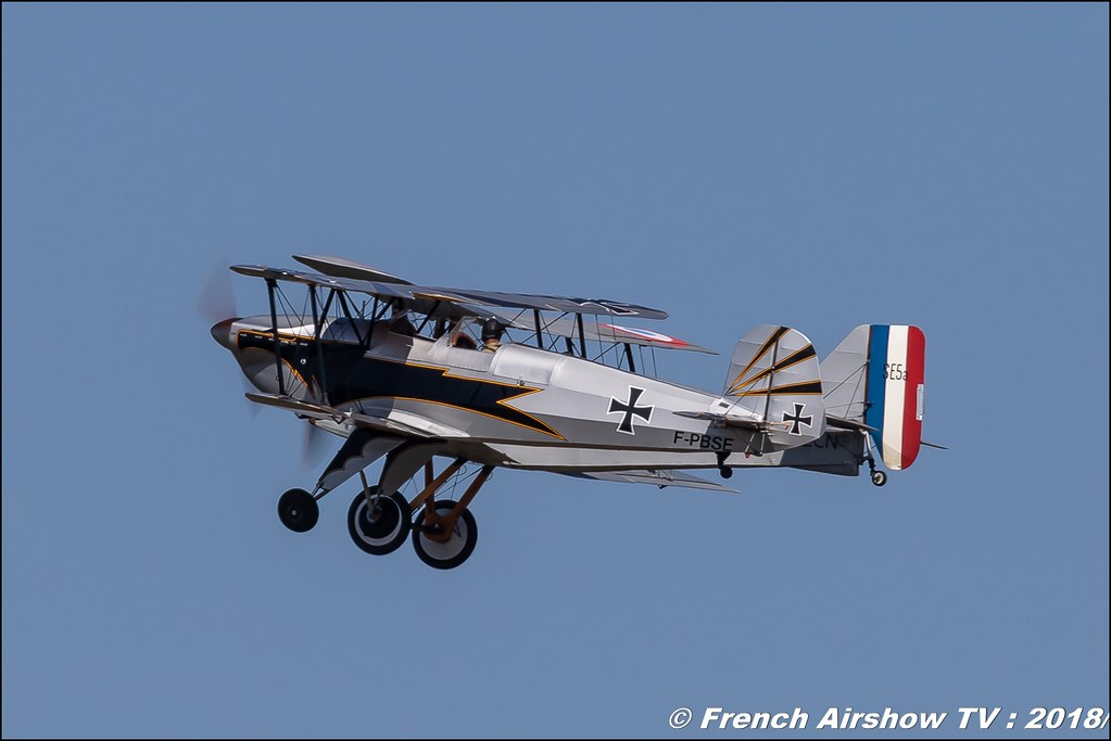 Nieuport 17 & F-PBSE - Bücker 131 Jungmann , Meeting aérien Des Étoiles et des Ailes 2018 - Aéroport de Toulouse Francazal , Canon EOS , Sigma France , contemporary lens , Meeting Aerien 2018