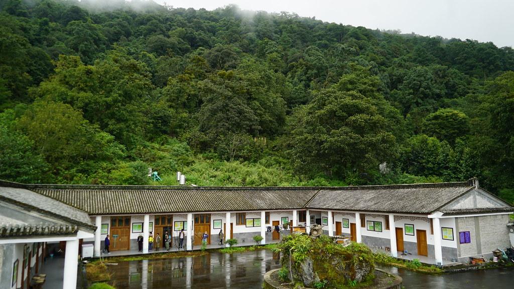 高黎貢山林家鋪護林點,後方即是保護區。攝影:郭志榮