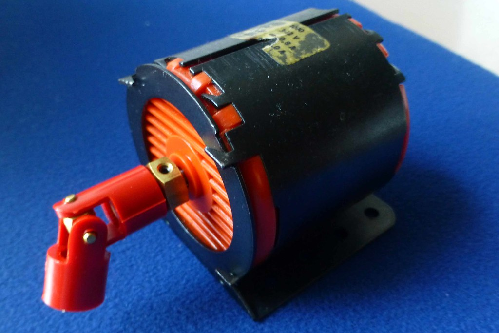 unknown make electric motor | Model Boats