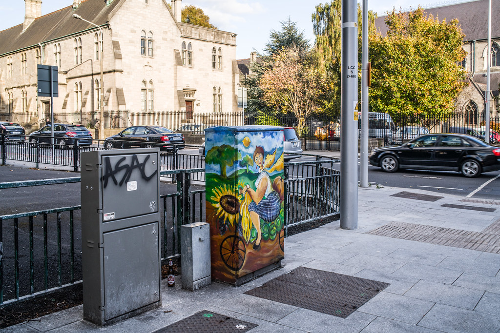 PAINT-A-BOX STREET ART IN DUBLIN 7 UPPER DOMINICK STREET 003