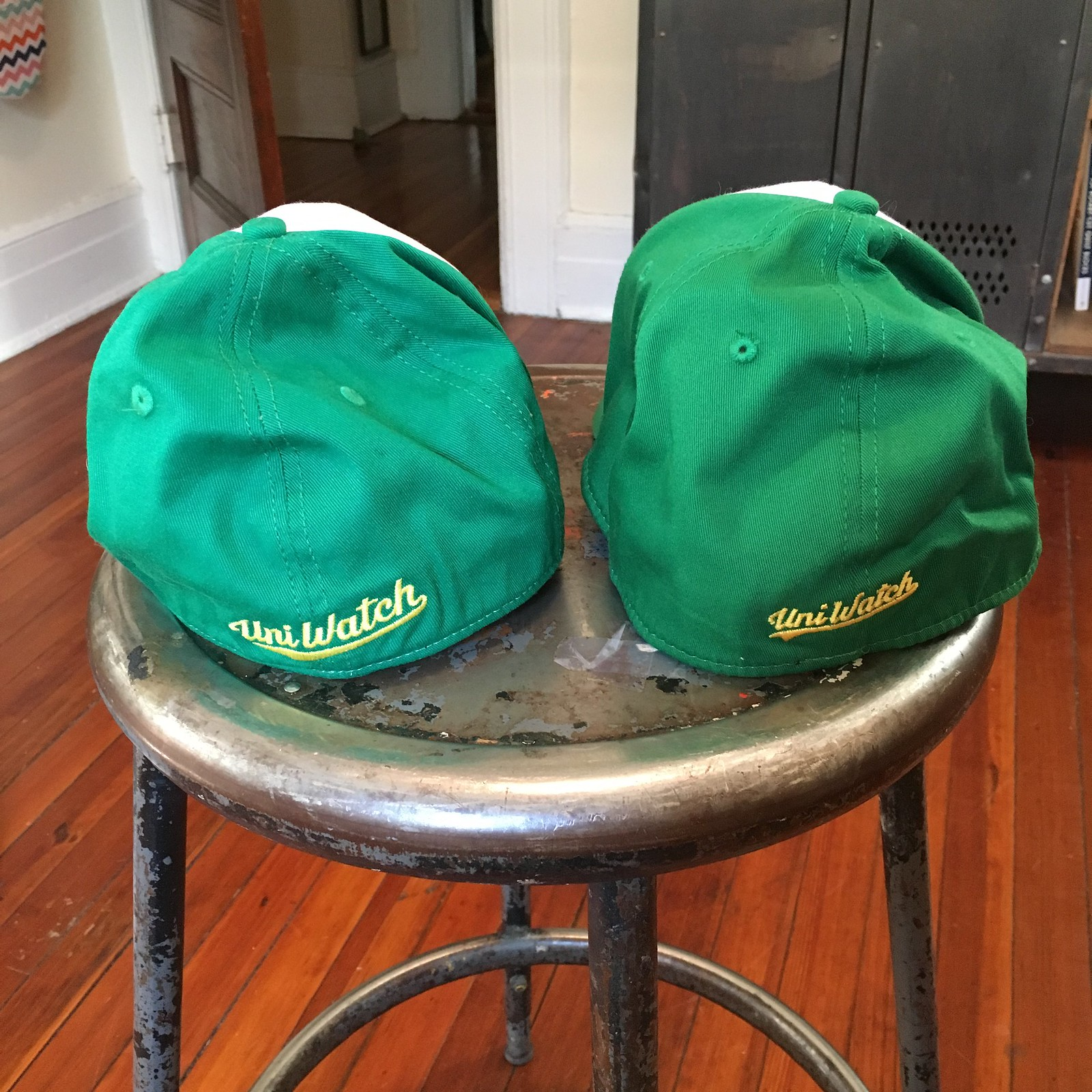 1d2e1e6a7e5 Each cap is a separate raffle item. Although they look similar