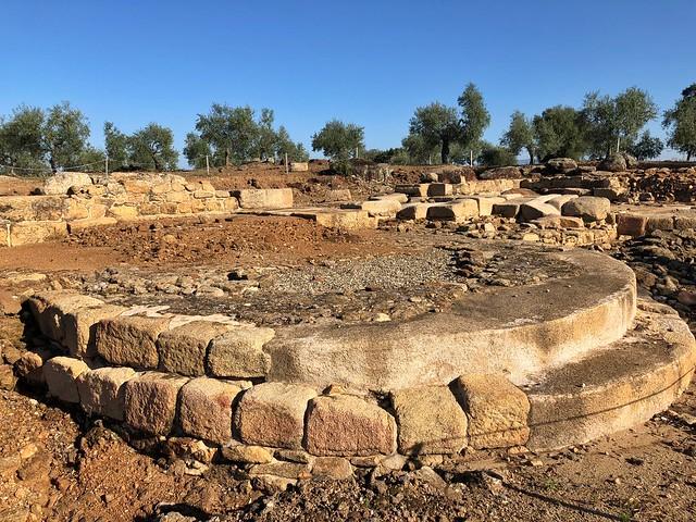 Ruinas arqueológicas de Cáparra (Tierras de Granadilla, Cáceres)