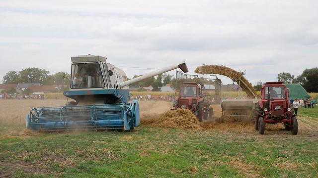 Fortschritt E 512 & Belarus