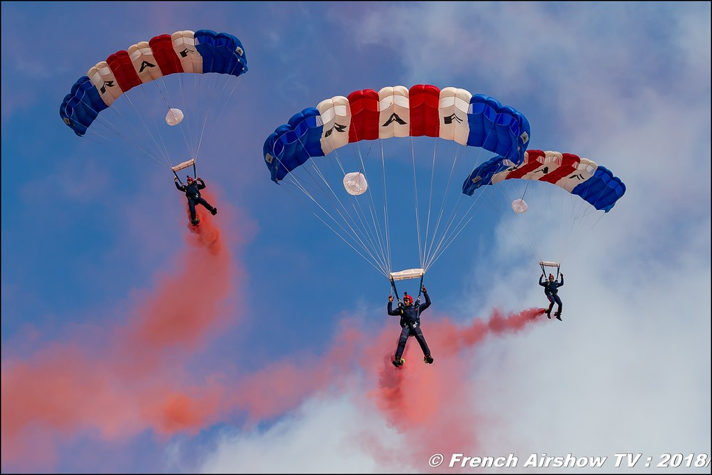 RAF Falcons Parachute Display Team - RAF Falcons BAFDAYS Kleine-Brogel 2018 BELGIAN AIR FORCE DAYS 2018 BA Kleine Brogel Canon Sigma France contemporary lens Meeting Aerien 2018