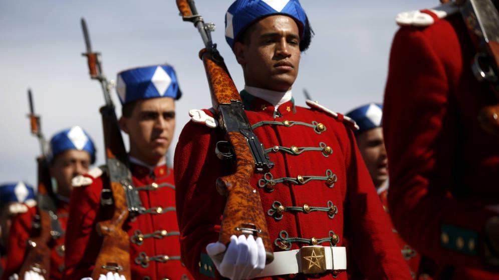 La Garde Royale Marocaine / Moroccan Royal Guard - Page 11 45193668231_183495f805_o