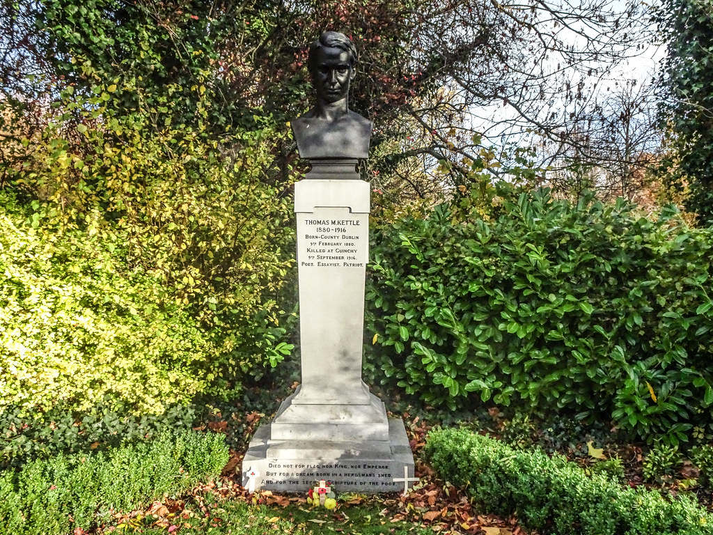 THOMAS KETTLE WW1 MEMORIAL IN SAINT STEPHEN'S GREEN  004