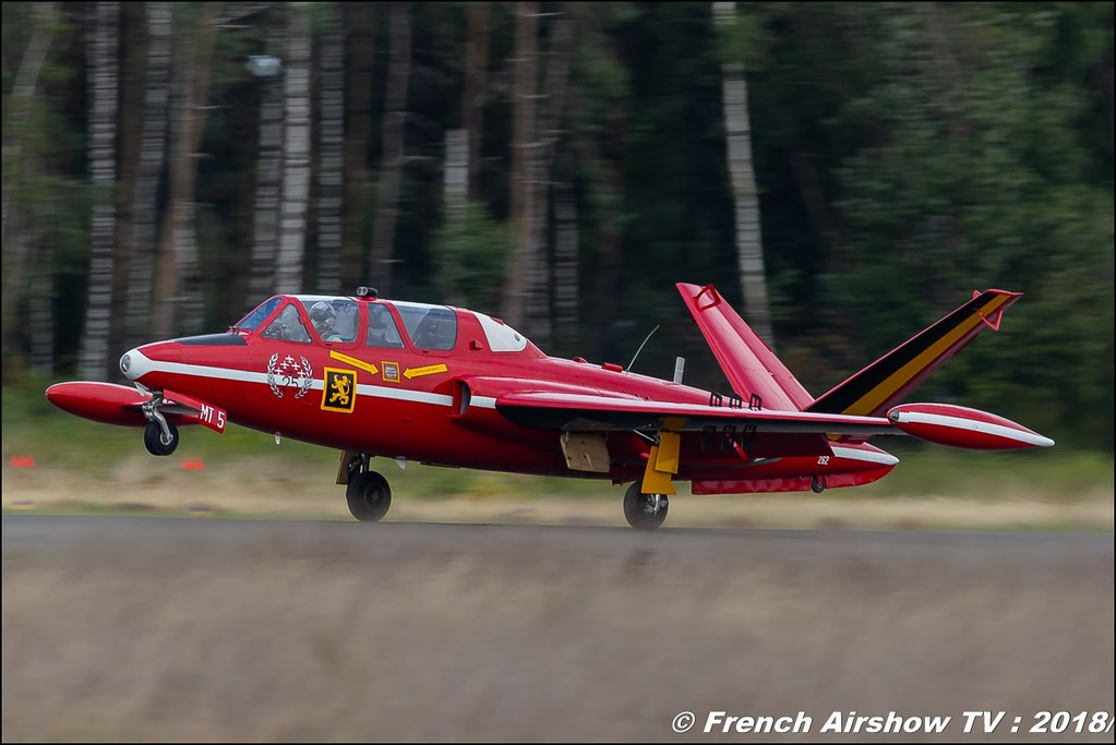 Red Devils Belgium CM-170 Fouga Magister Marchetti SF260 BAFDAYS Kleine-Brogel 2018 BELGIAN AIR FORCE DAYS 2018 BA Kleine Brogel Canon Sigma France contemporary lens Meeting Aerien 2018