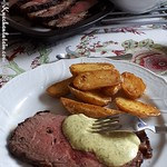 Roastbeef mit Ofenkartoffeln und Safran-Dip