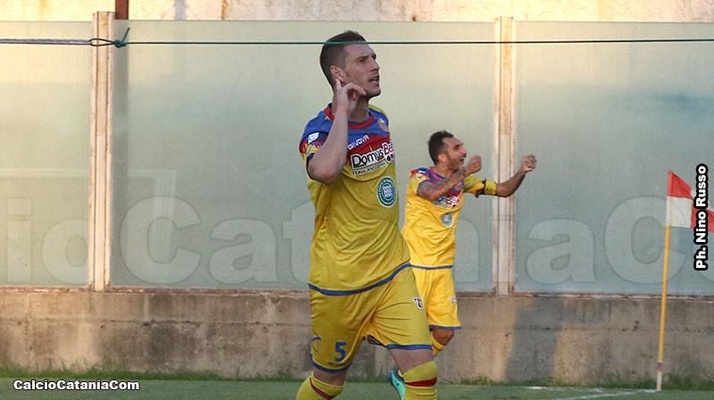 L'esultanza di Tommaso Silvestri dopo il gol vittoria