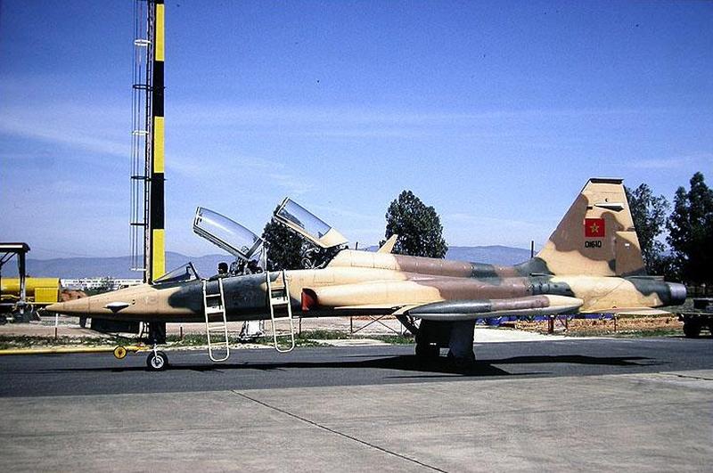 FRA: Photos anciens avions des FRA - Page 10 45020415651_1db7c7d852_o