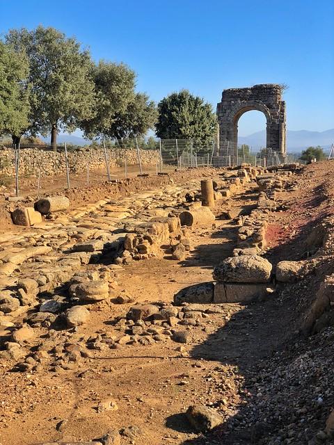 Ciudad romana de Cáparra (Tierras de Granadilla, Cáceres)
